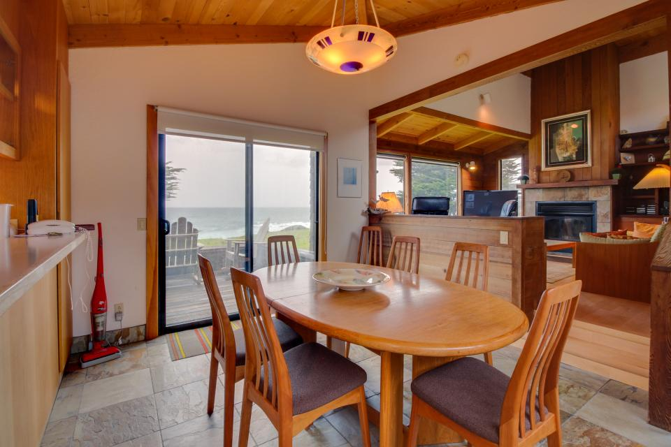 Whitewater Retreat - Sea Ranch Vacation Rental - Photo 6