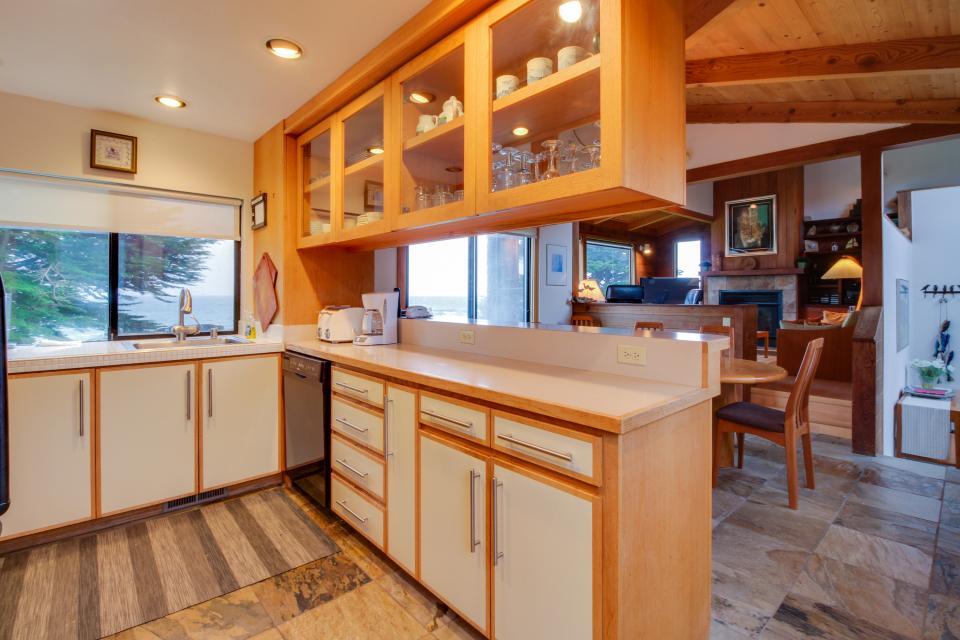 Whitewater Retreat - Sea Ranch Vacation Rental - Photo 9