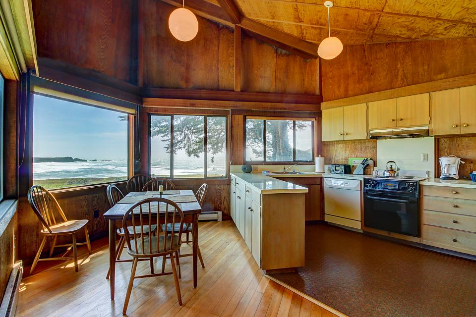 Curtis-Moulton Retreat - Sea Ranch Vacation Rental - Photo 8