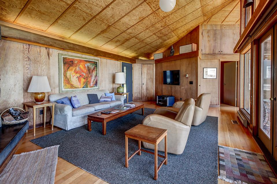Curtis-Moulton Retreat - Sea Ranch Vacation Rental - Photo 12
