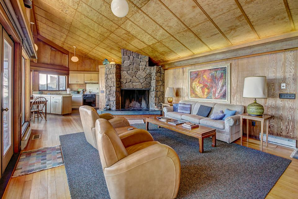 Curtis-Moulton Retreat - Sea Ranch Vacation Rental - Photo 7