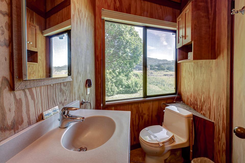 Curtis-Moulton Retreat - Sea Ranch Vacation Rental - Photo 14