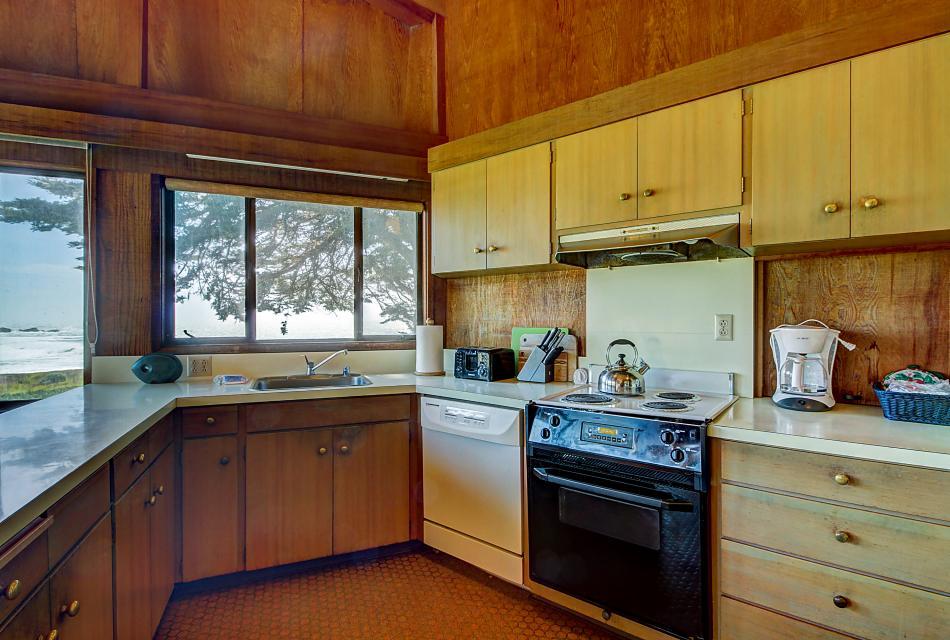 Curtis-Moulton Retreat - Sea Ranch Vacation Rental - Photo 10