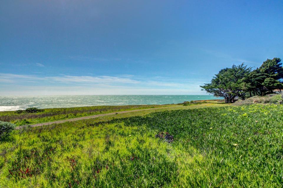 Curtis-Moulton Retreat - Sea Ranch Vacation Rental - Photo 4