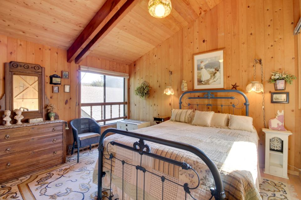 Thayer House - Sea Ranch Vacation Rental - Photo 10