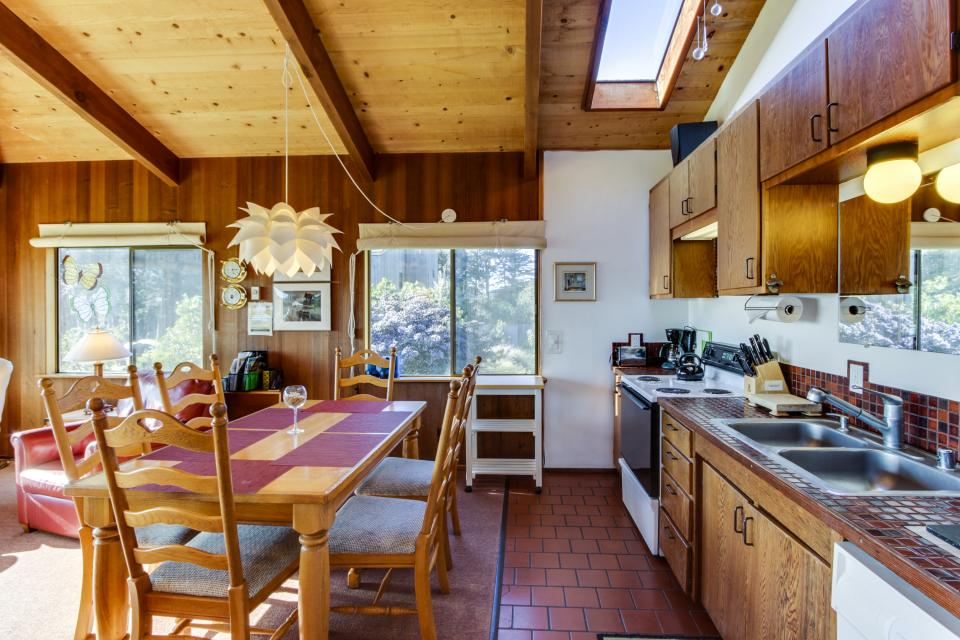 Rainbow's End - Sea Ranch Vacation Rental - Photo 13