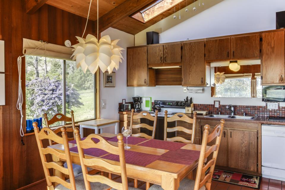 Rainbow's End - Sea Ranch Vacation Rental - Photo 11
