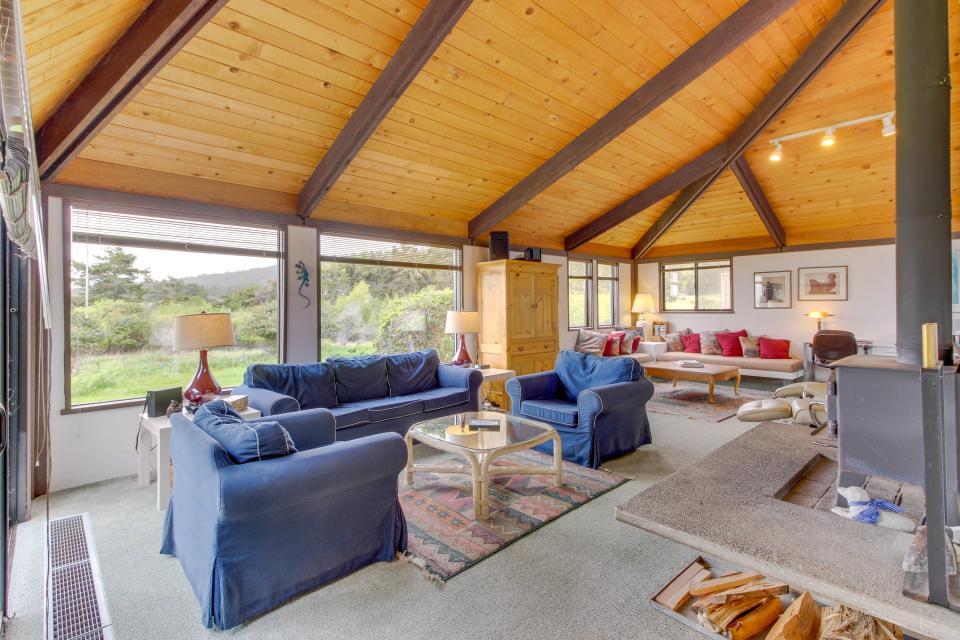 Hobbes House - Sea Ranch Vacation Rental - Photo 1