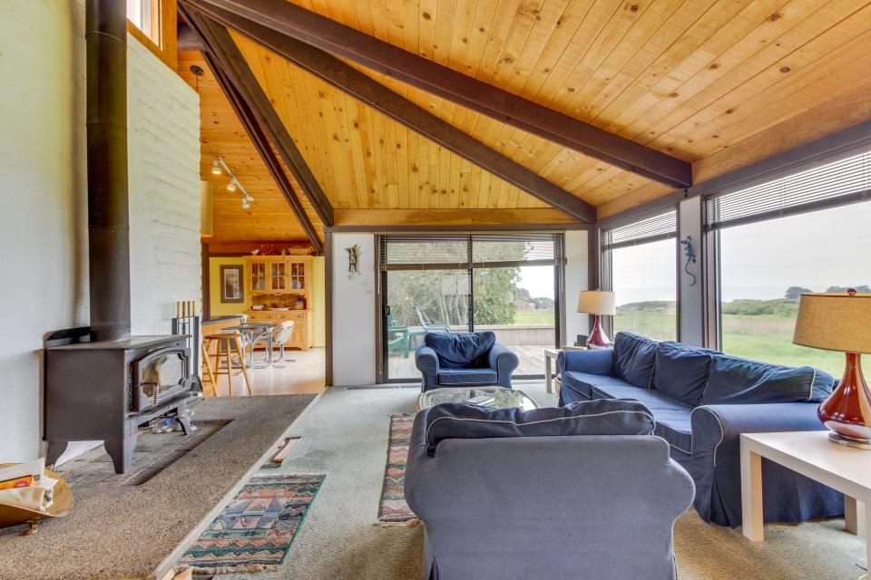 Hobbes House - Sea Ranch Vacation Rental - Photo 8