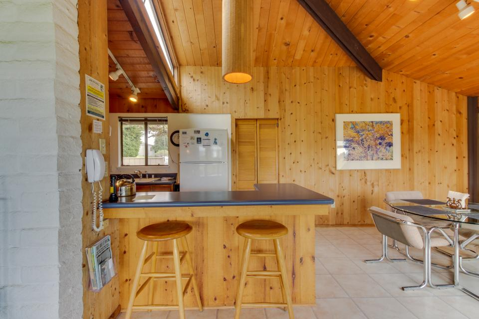Hobbes House - Sea Ranch Vacation Rental - Photo 13