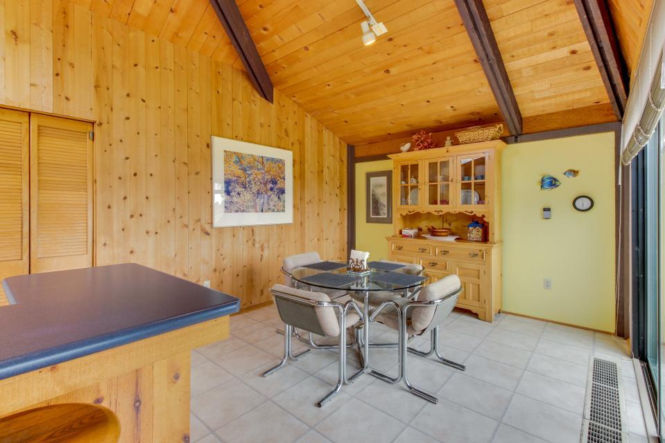 Hobbes House - Sea Ranch Vacation Rental - Photo 18