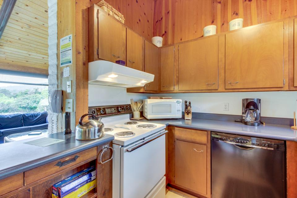 Hobbes House - Sea Ranch Vacation Rental - Photo 14