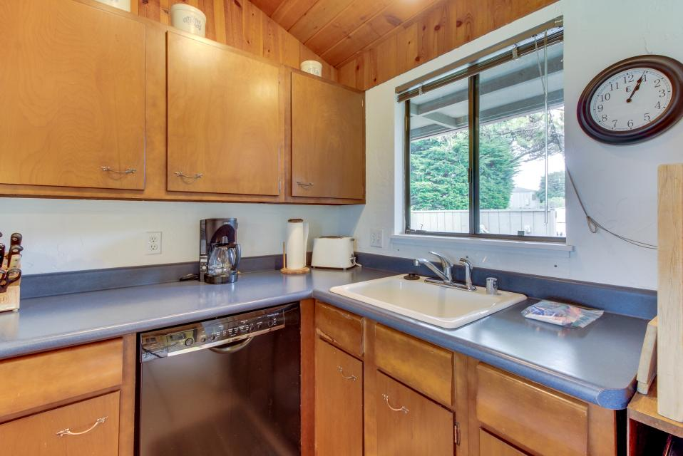 Hobbes House - Sea Ranch Vacation Rental - Photo 15