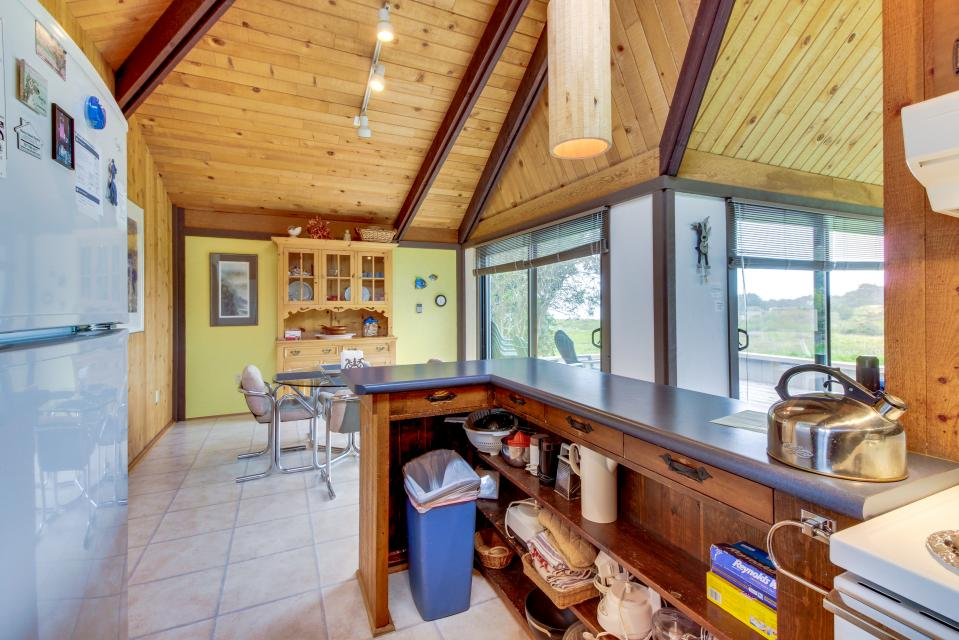 Hobbes House - Sea Ranch Vacation Rental - Photo 17
