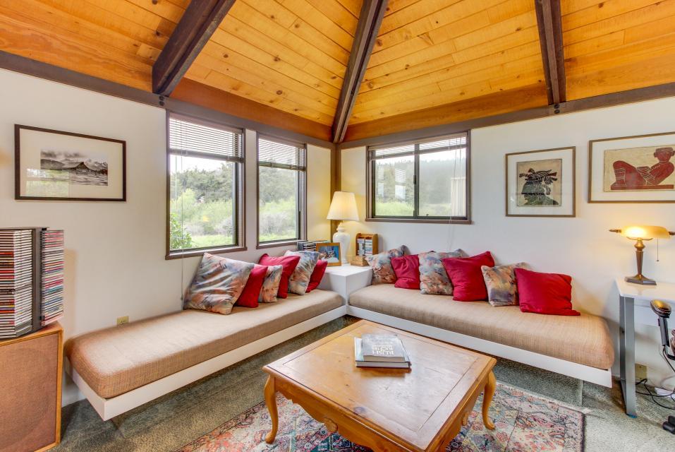 Hobbes House - Sea Ranch Vacation Rental - Photo 9