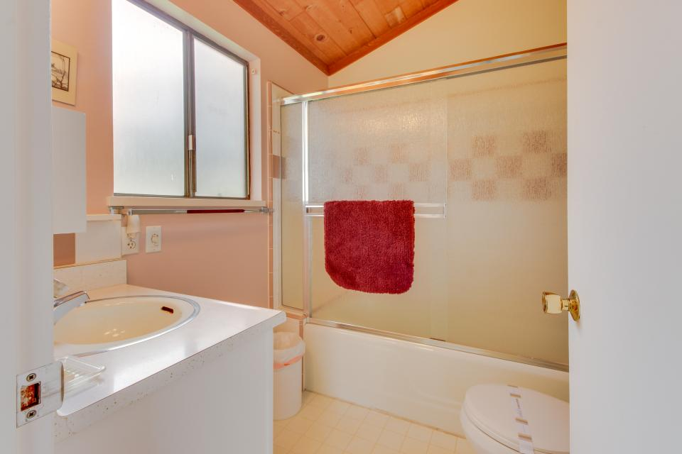 Hobbes House - Sea Ranch Vacation Rental - Photo 21
