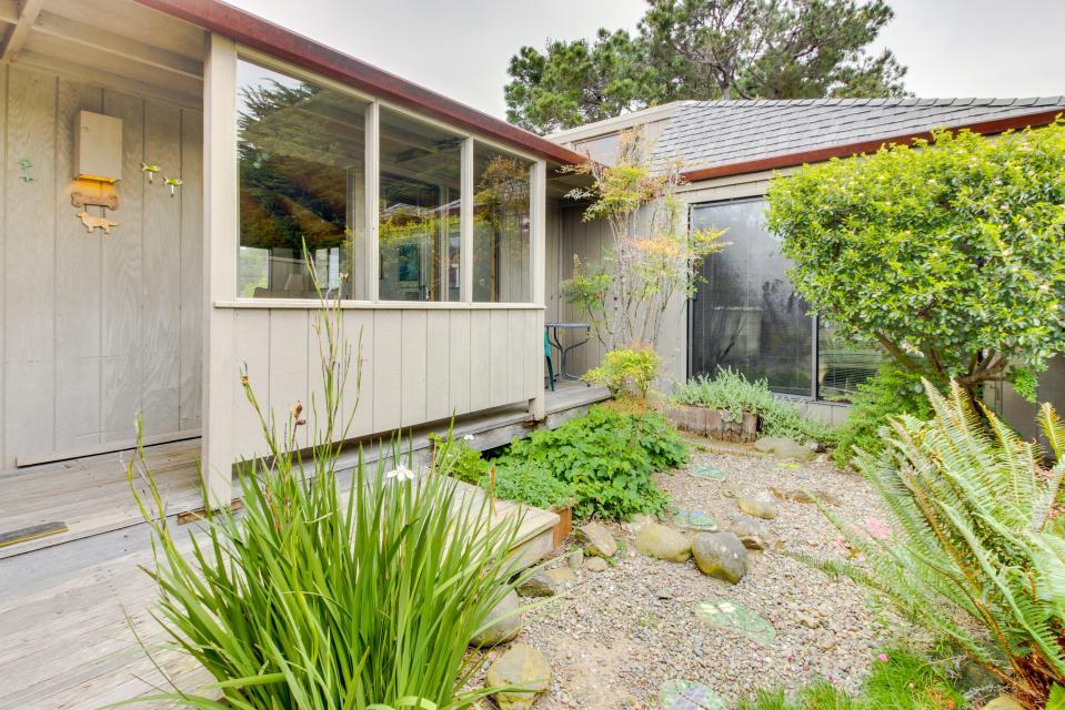 Hobbes House - Sea Ranch - Take a Virtual Tour