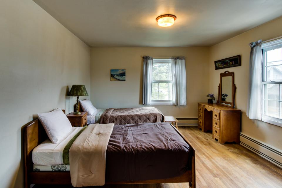 Seaside Governor's House Vacation Rental - Seaside Vacation Rental - Photo 23