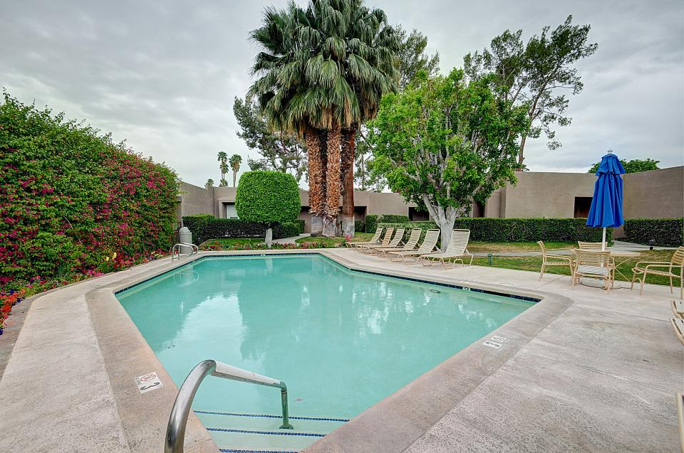 Shadow Mountain Club Studio - Palm Desert Vacation Rental - Photo 21