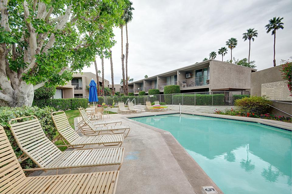 Shadow Mountain Club Studio - Palm Desert Vacation Rental - Photo 22