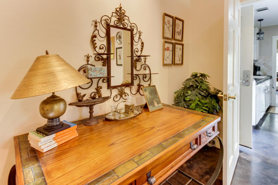 Eva's Guest House - Fredericksburg Vacation Rental - Photo 20