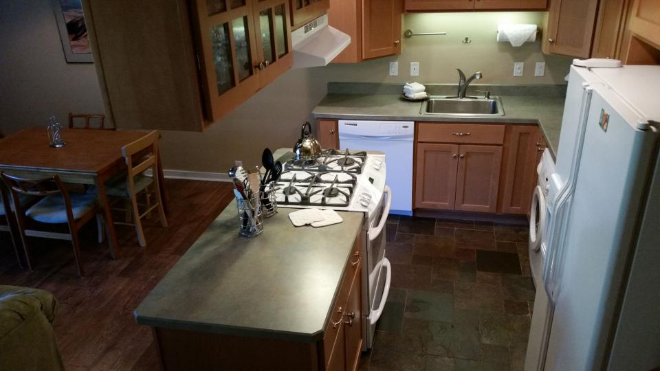 Mt View 06 | Discover Sunriver - Sunriver Vacation Rental - Photo 3