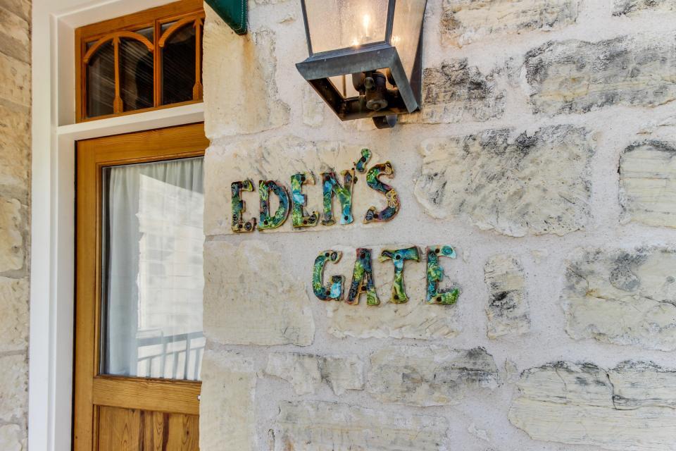 Eden's Gate - Fredericksburg Vacation Rental - Photo 18