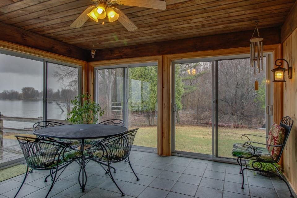 Home Away from Home + Studio - North Hero Vacation Rental - Photo 1