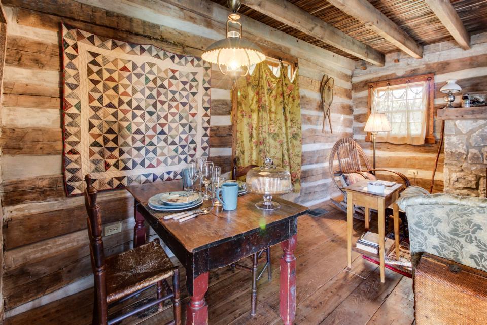 Tanglewood Farms-Full Property - Fredericksburg Vacation Rental - Photo 20