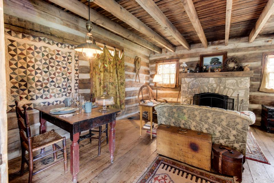 Tanglewood Farms-Full Property - Fredericksburg Vacation Rental - Photo 5
