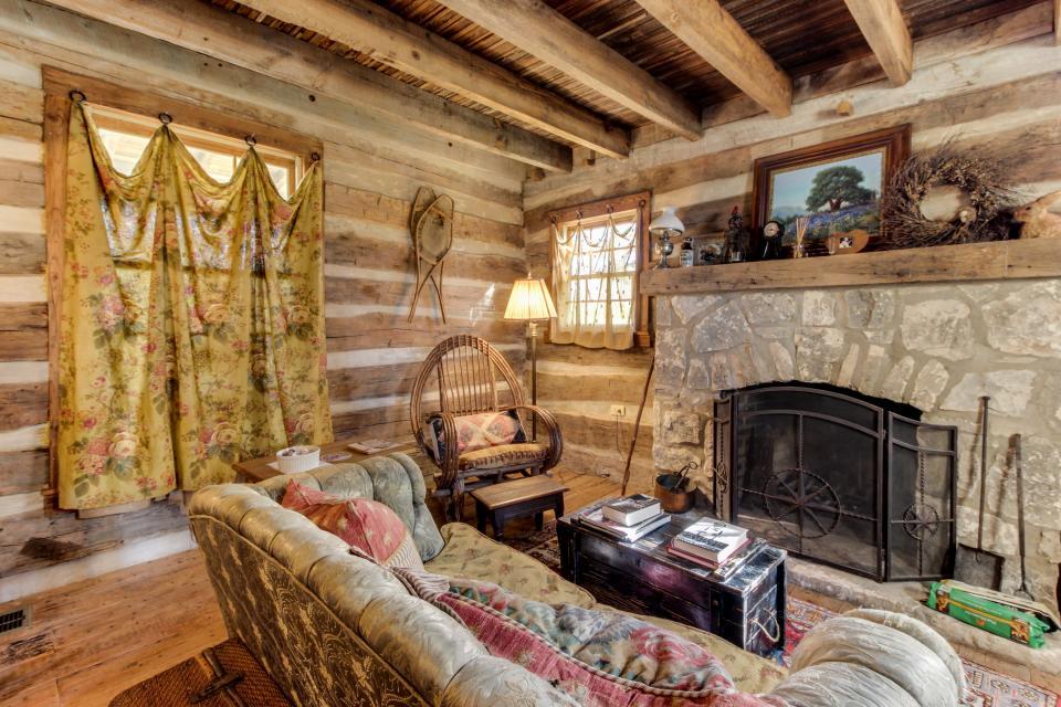Tanglewood Farms-Full Property - Fredericksburg Vacation Rental - Photo 26