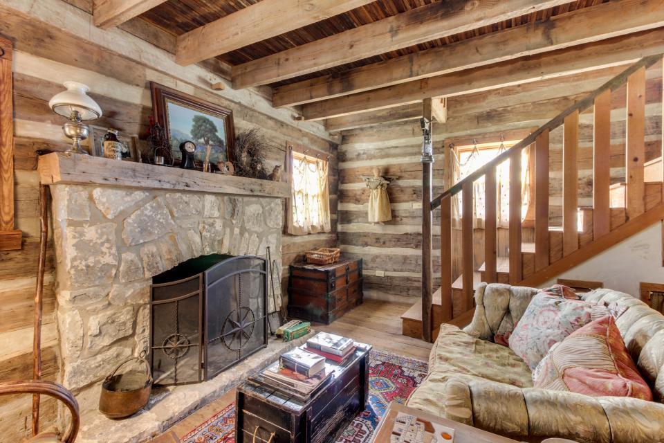 Tanglewood Farms-Full Property - Fredericksburg Vacation Rental - Photo 22