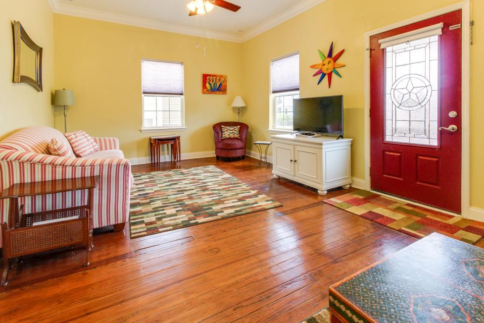 The Yellow Beach House - Galveston Vacation Rental - Photo 2