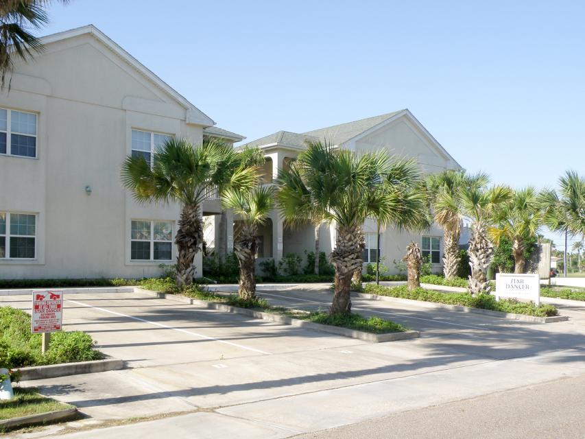 Star dancer condominiums 3 2 bd vacation rental in for Cabin rentals south padre island tx