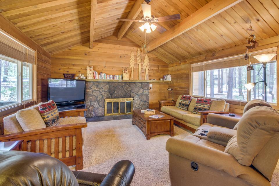 Otter Lane 11 | Discover Sunriver - Sunriver Vacation Rental - Photo 3