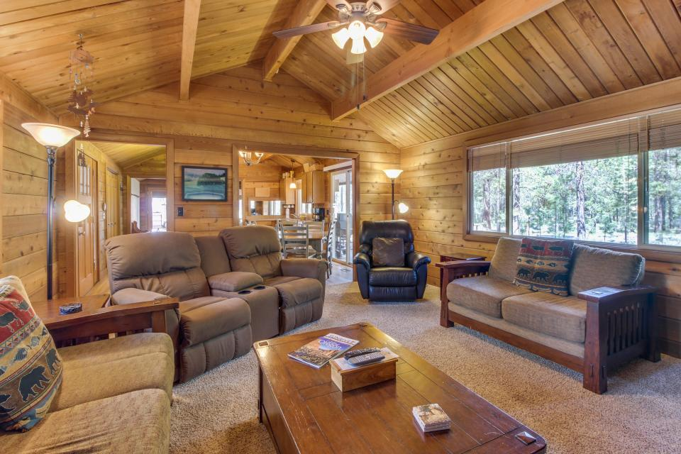 Otter Lane 11 | Discover Sunriver - Sunriver Vacation Rental - Photo 4