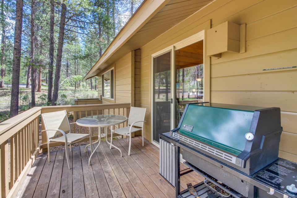 Otter Lane 11 | Discover Sunriver - Sunriver Vacation Rental - Photo 30