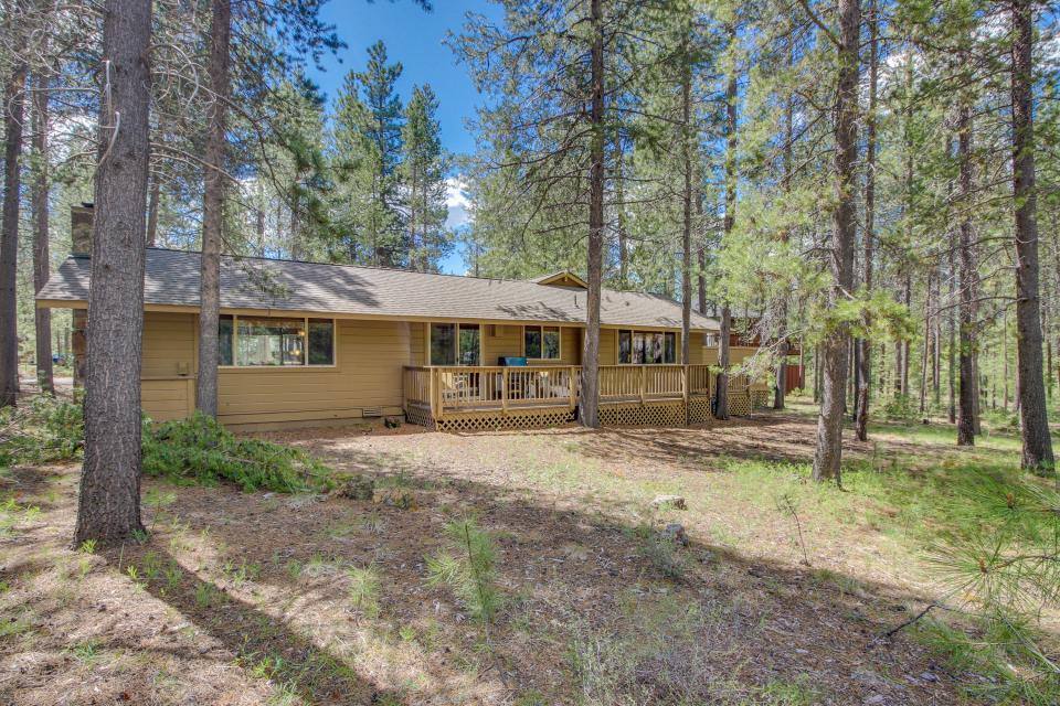 Otter Lane 11 | Discover Sunriver - Sunriver Vacation Rental - Photo 1