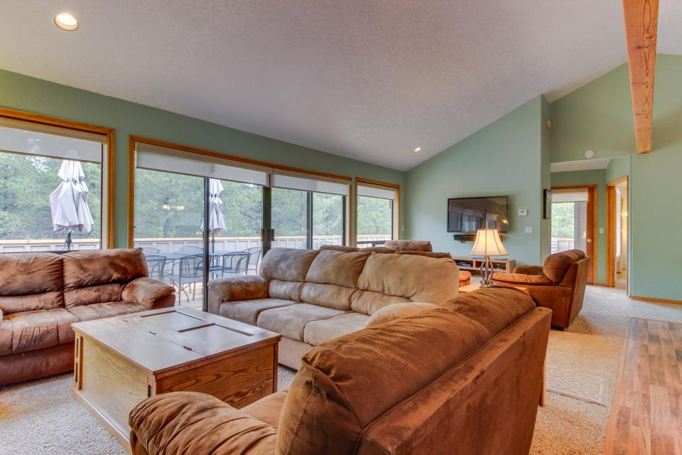 Mt View Lane 6 | Discover Sunriver - Sunriver Vacation Rental - Photo 41