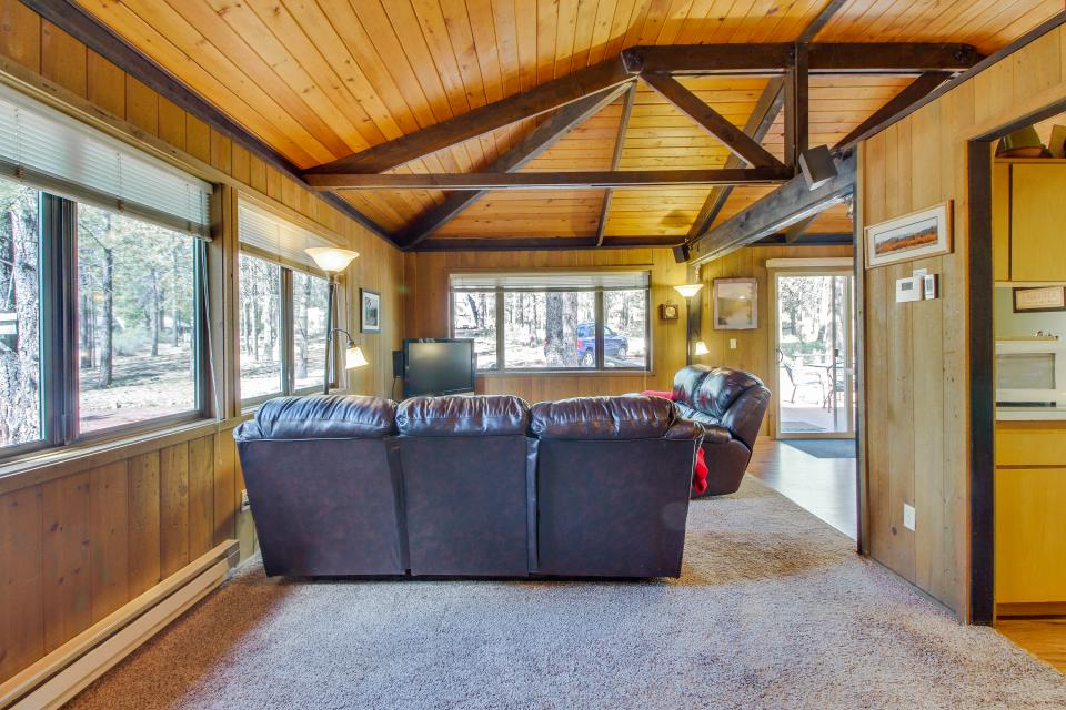 Hare Lane 05 | Discover Sunriver - Sunriver Vacation Rental - Photo 21