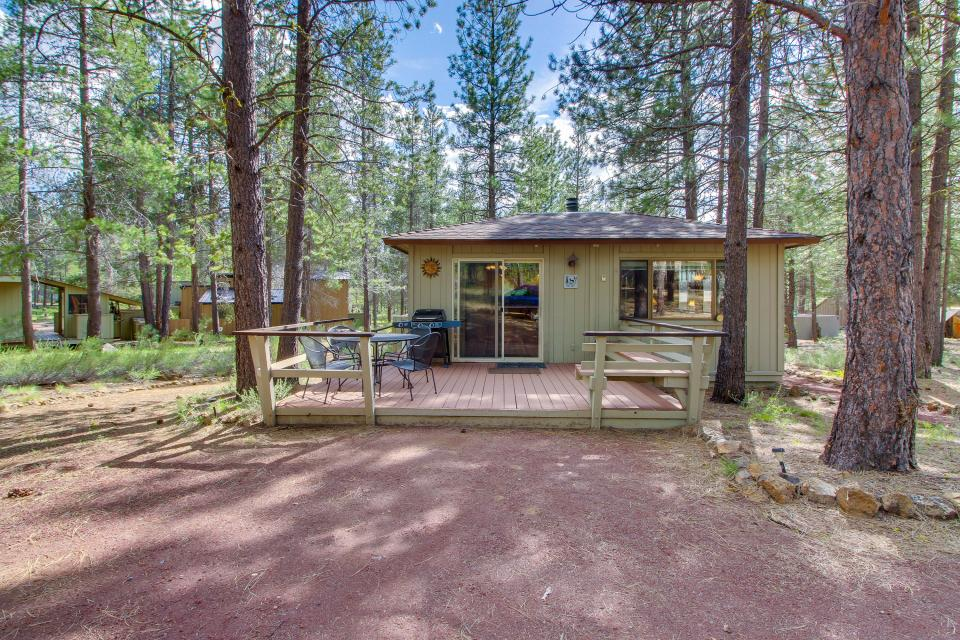 Hare Lane 05 | Discover Sunriver - Sunriver Vacation Rental - Photo 25