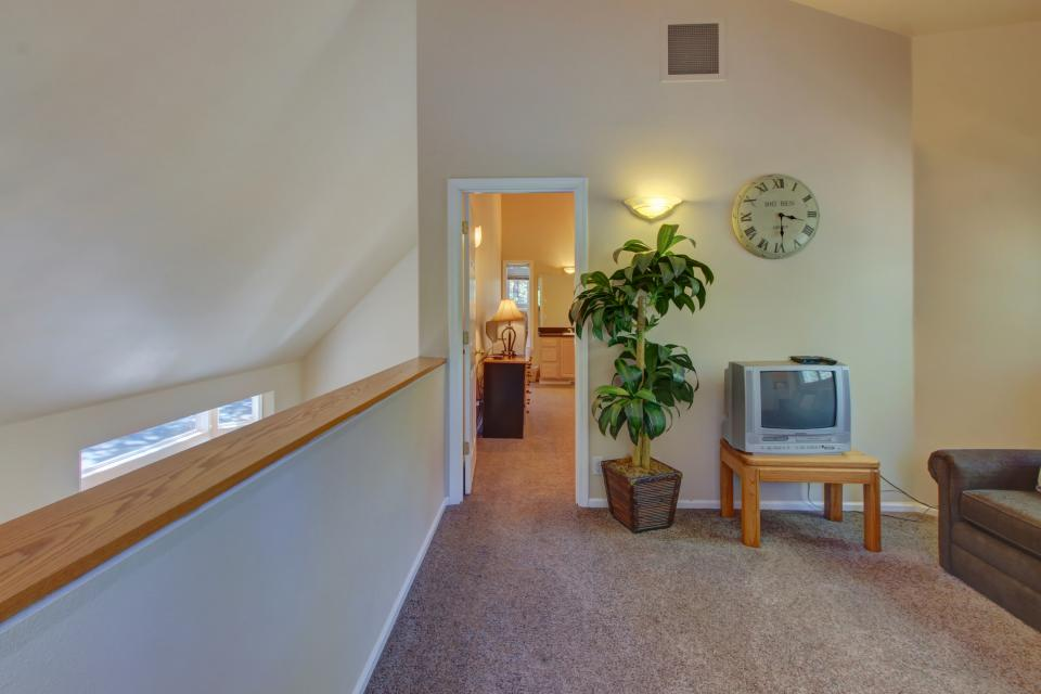Lynx Lane 08 | Discover Sunriver - Sunriver Vacation Rental - Photo 22