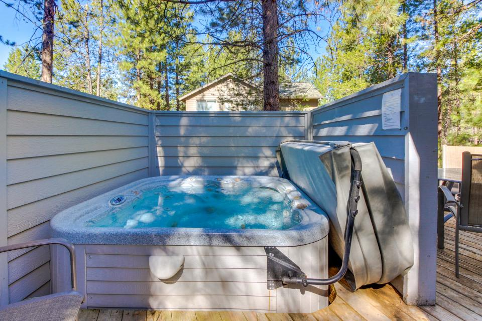 Lynx Lane 08 | Discover Sunriver - Sunriver Vacation Rental - Photo 3