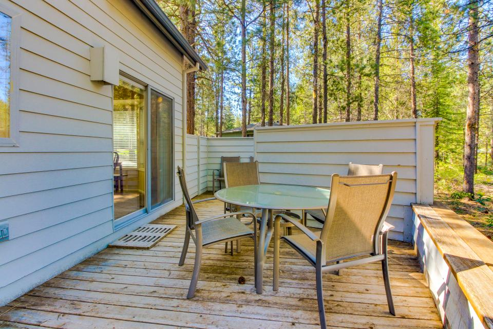 Lynx Lane 08 | Discover Sunriver - Sunriver Vacation Rental - Photo 33