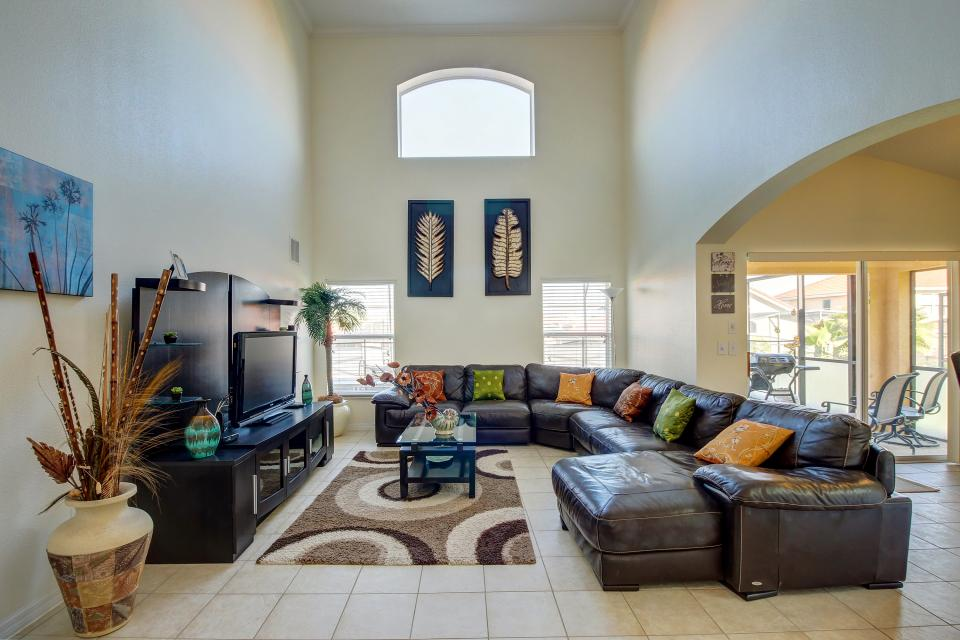 Sunburst Villa - Davenport Vacation Rental - Photo 1