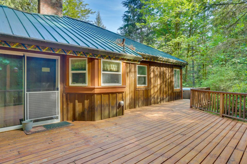 Barlow Creekside Lodge - Rhododendron Vacation Rental - Photo 28