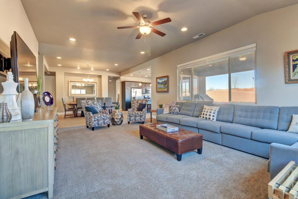 Red Cliff View Luxury Home: Paradise Village #2 - Santa Clara Vacation Rental - Photo 44
