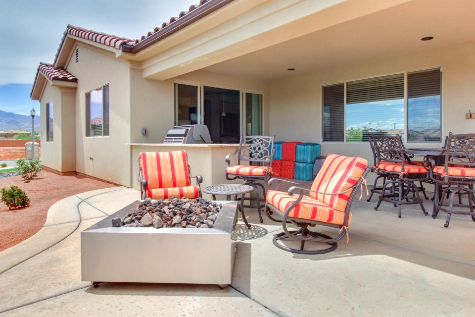 Mountain View Retreat: Paradise Village at Zion #39 - Santa Clara Vacation Rental - Photo 41