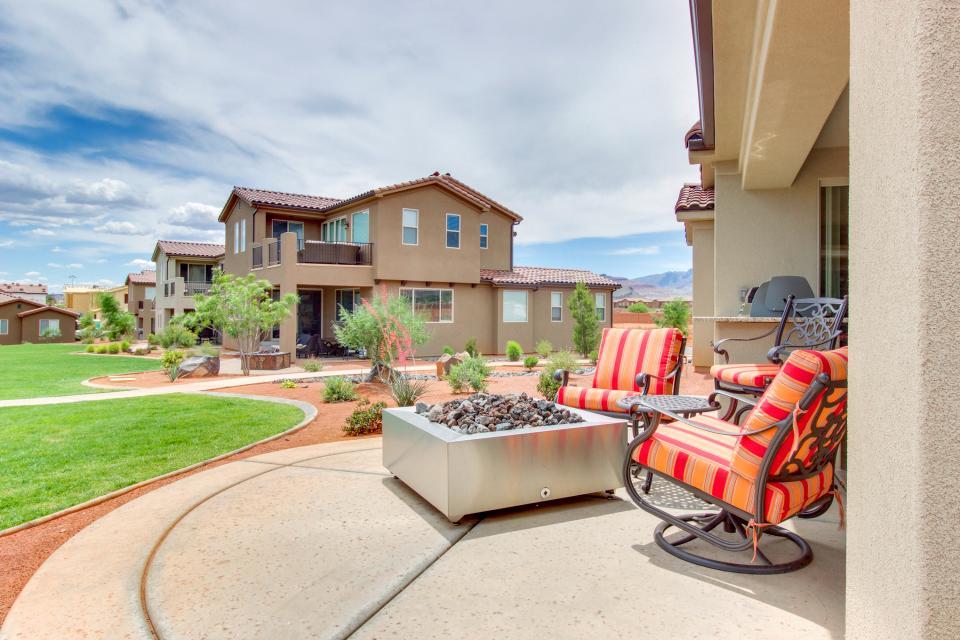Mountain View Retreat: Paradise Village at Zion #39 - Santa Clara Vacation Rental - Photo 46