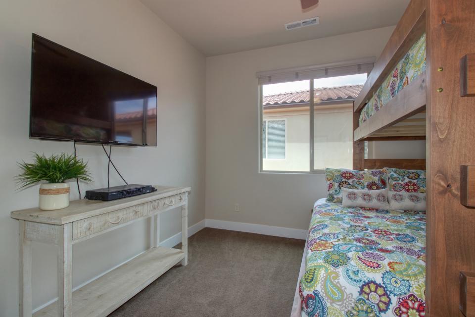Mountain View Retreat: Paradise Village at Zion #39 - Santa Clara Vacation Rental - Photo 35
